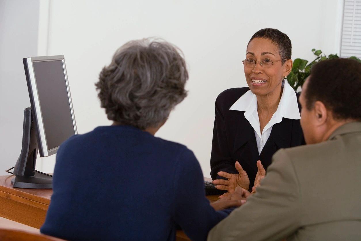 People taking divorce mediation in St Louis, MO